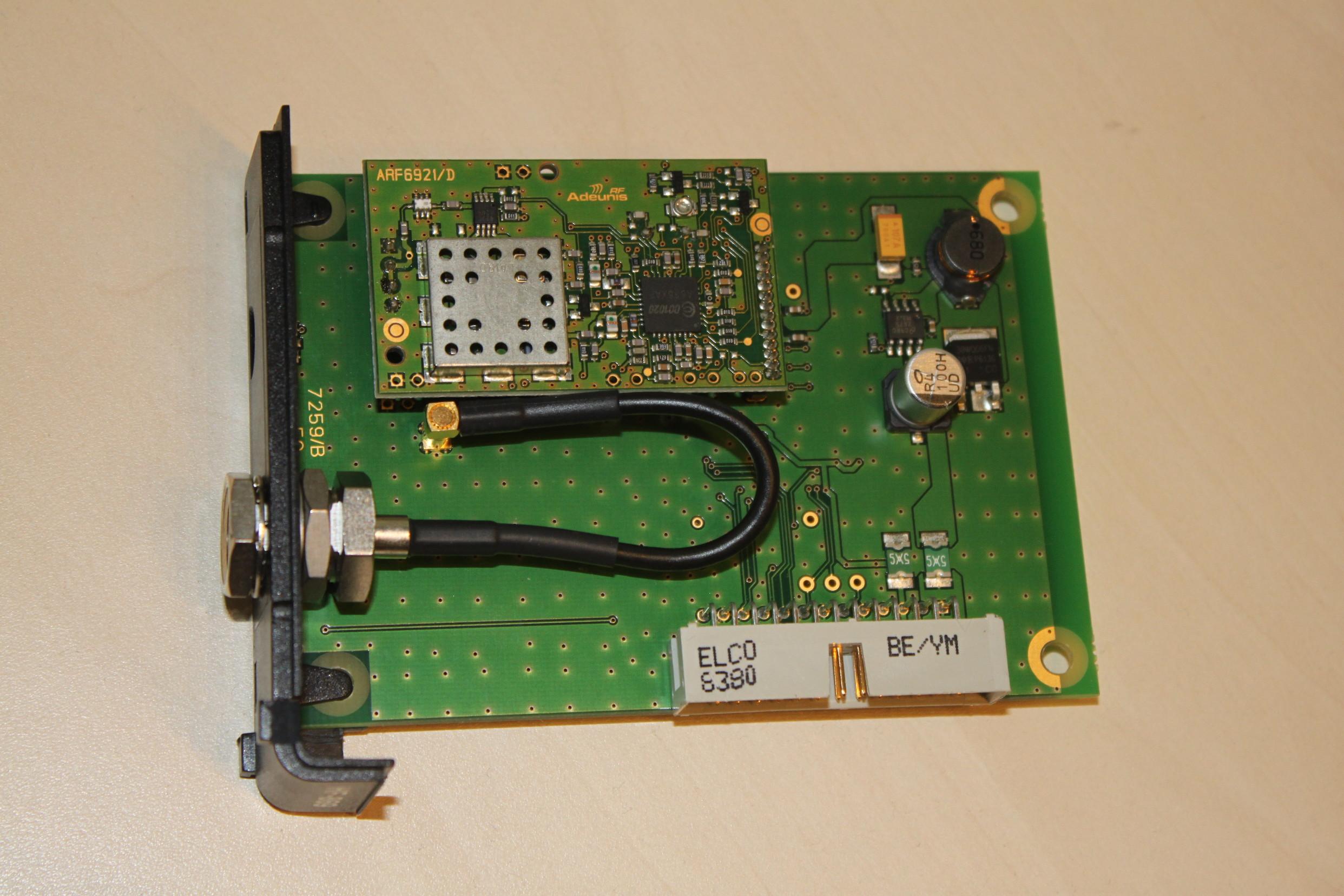 Carte de communication radio d'un automate industriel